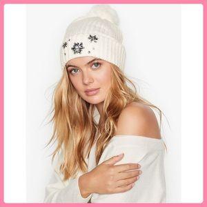 New Victoria's Secret Sparkle Pom-Pom Hat